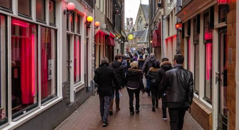 Free Red Light District Tour Amsterdam Netherlands — #3