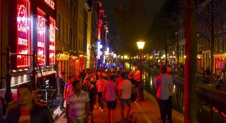 Free Red Light District Tour Amsterdam Netherlands — #4