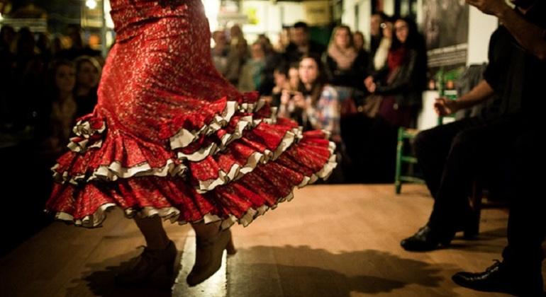 Tapas Tour Málaga & Flamenco Show Provided by Málaga Turismo ES: Visitas guiadas