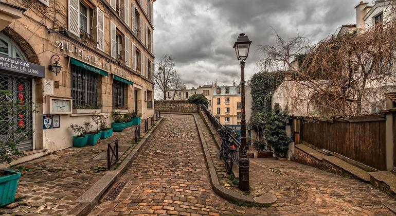 Free Walking Tour to Montmartre en Español Operado por Montmartre Mon Amour