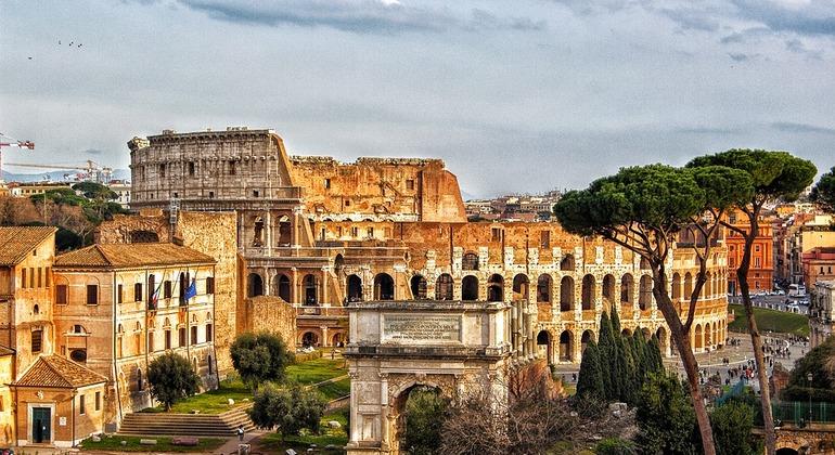 Tour Por La Roma Antigua Operado por Raquel G