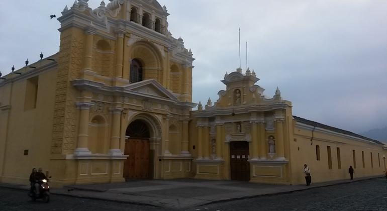 Free Tour a Pie por la Antigua Guatemala Guatemala — #2