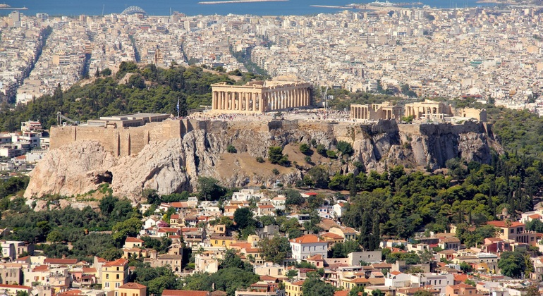 Athens in Spanish with Dimitris Provided by Free Tour Español Atenas