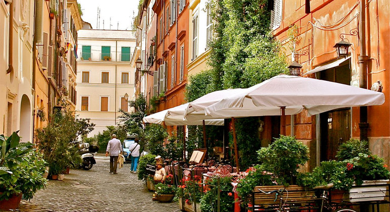 Trastevere Free Tour Provided by Veni Vidi Visit