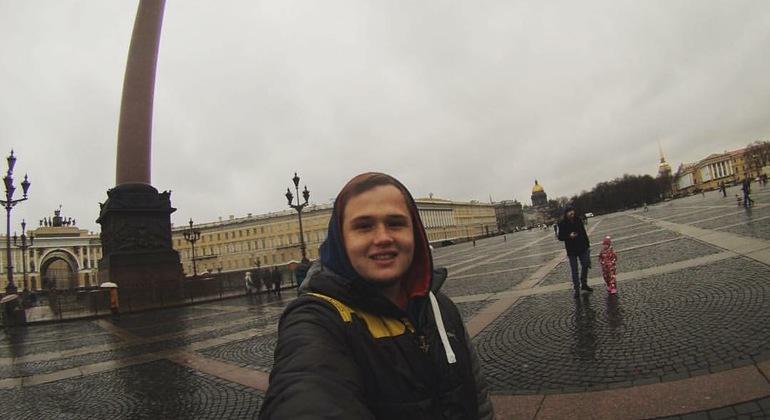 Free Historic Center Tour + Saint Petersburg Metro Provided by Vasili Beltrán