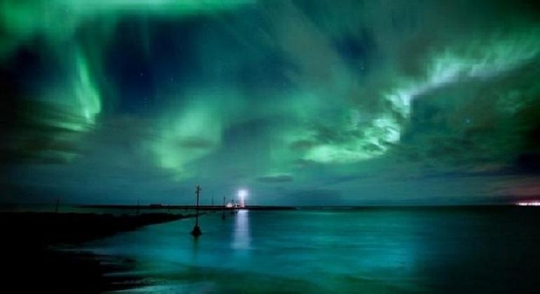 Tour Luces del Norte en Barco Operado por Reykjavik Sailors