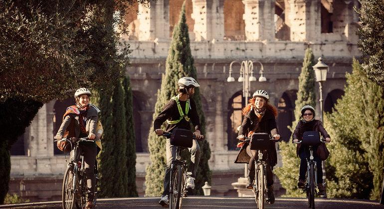 Tour en Bici por el Centro de la Ciudad Operado por TopBike Rental & Tours
