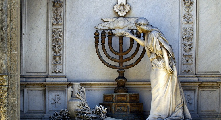 Private Tour: Jewish Buenos Aires Provided by El Lado Bet Tours