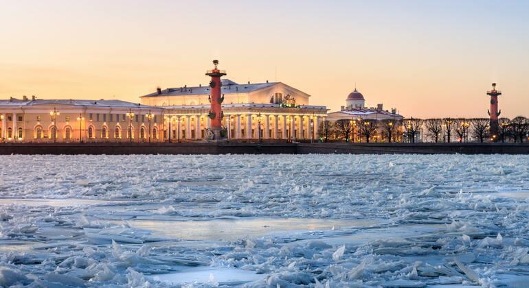 Tour Gratis en el centro de San Petersburgo Provided by Tours Gratis San Petersburgo