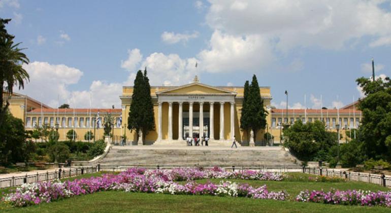 Dionisio Spanish Free Tour - Small Groups Greece — #13
