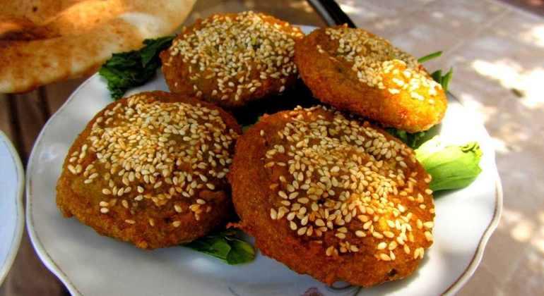 Egyptian Food Tour - Cairo | FREETOUR com
