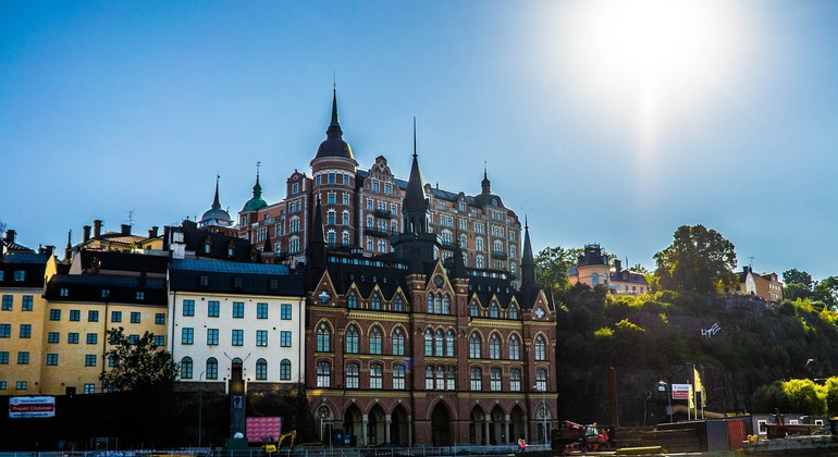 Free Tour of Stockholm: Old Town Provided by Viva's Tour