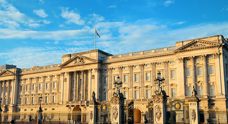 The Best of London - Free Tour Provided by Walkabout Tours