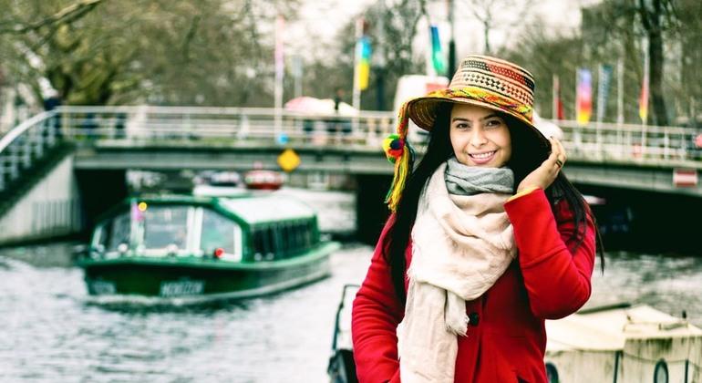 Amsterdam Free Tour Operado por Bravo Discovery