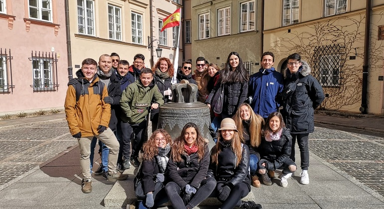 Warsaw Old Town Free Walking Tour Provided by Polonia Walking Tours (Paraguas Blanco)