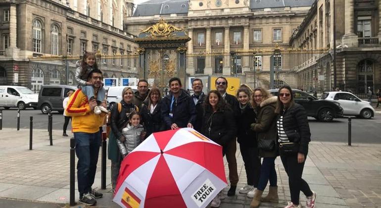 Free Tour de la Ciudad de París Provided by Next Stop Paris