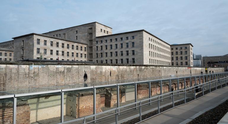Berlín Monumental Germany — #6