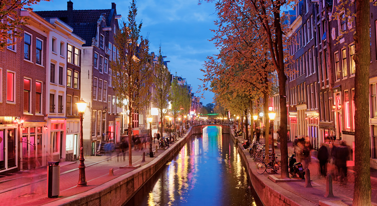 Tour to the Red Light District Amsterdam in Spanish Netherlands — #3