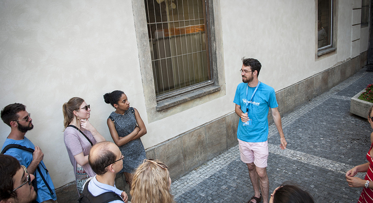 Free Old Town & Jewish Quarter Tour Czech Republic — #3