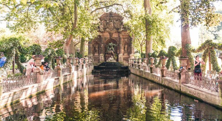 Free Tour de Barrio Latino y Jardines de Luxemburgo Provided by Next Stop Paris