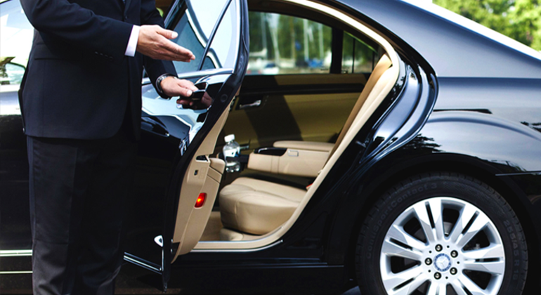 """''Airport Transfer"""" to and from Amsterdam Provided by Okay Tour"""